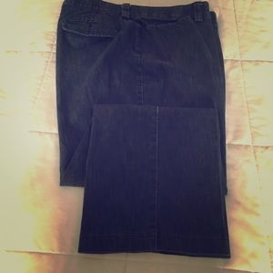 Lee black stretch jeans size 14 W petite